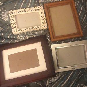 Set of 4 photo frames